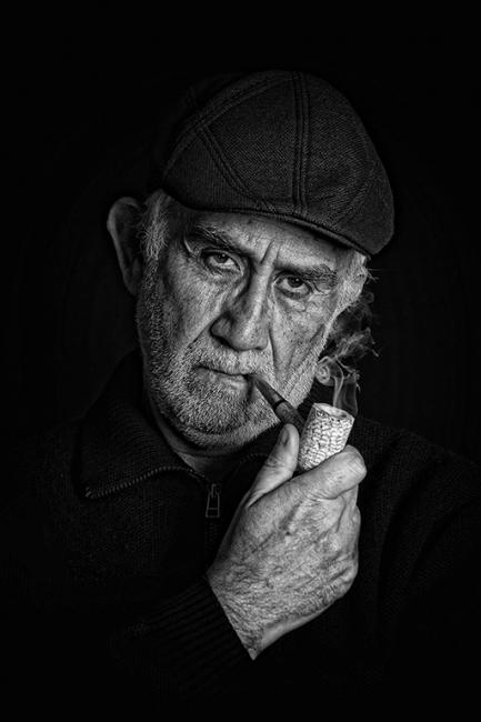 Fumando en pipa