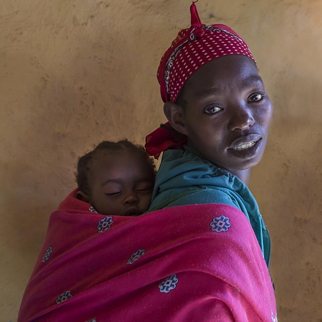 Contacto maternal