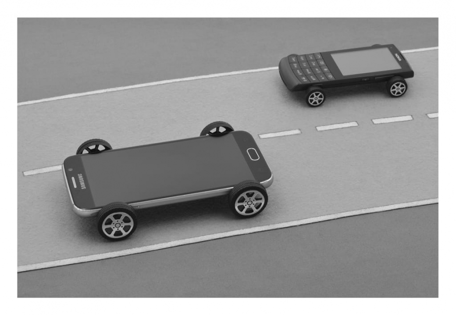 AUTO-MÓVILES: LA COMUNICACIÓN DEL SIGLO XXI