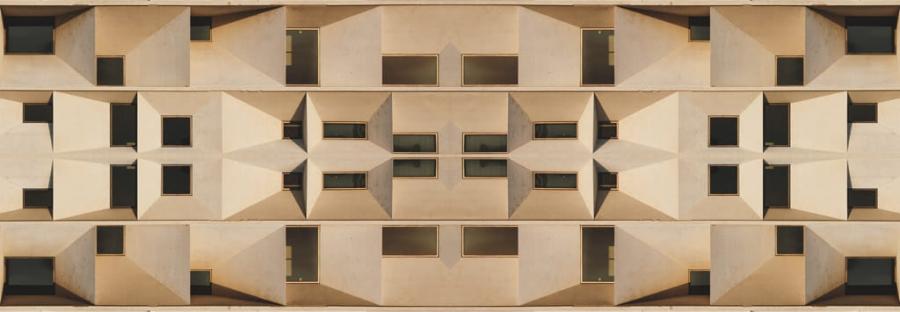 Mundos Simétricos