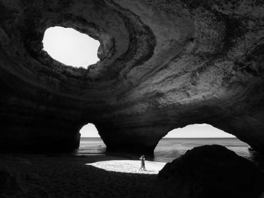 Amor en la cueva