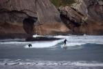 Surfeando en Zumaia