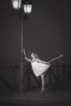 Danzando bajo tu luz